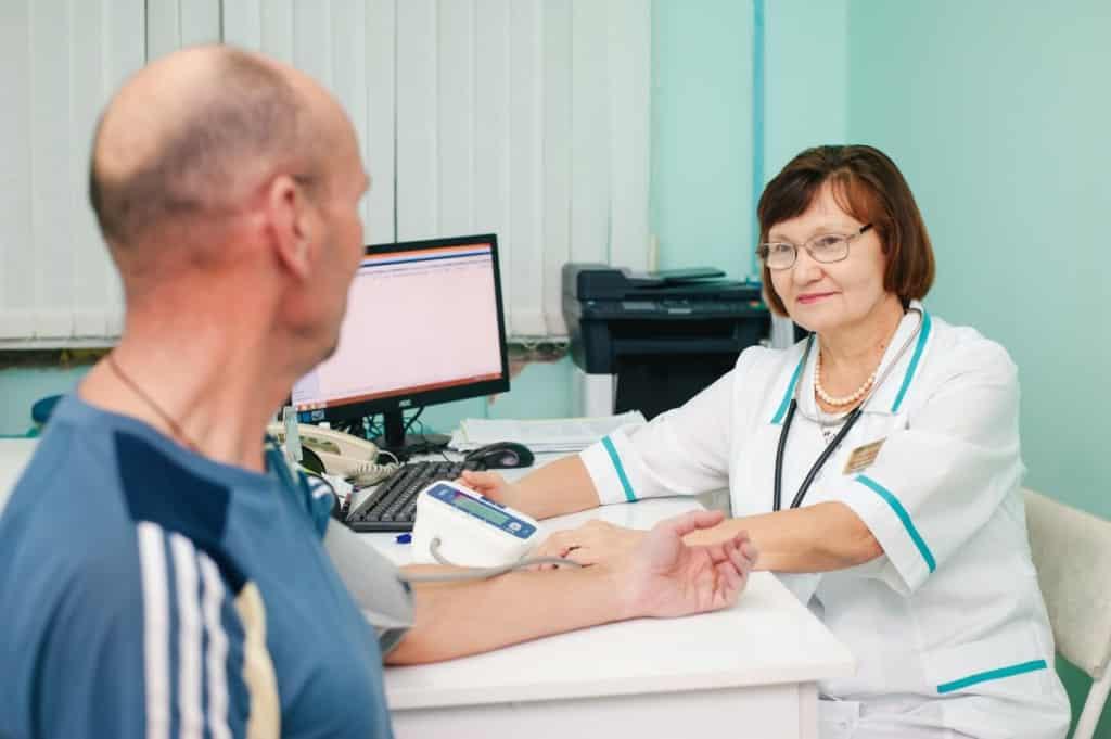 В России возобновились профилактические осмотры и диспансеризация взрослого населения