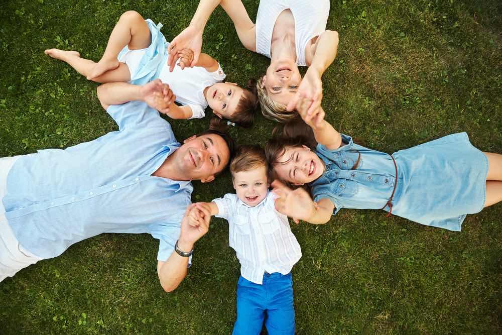 В августе выплату 10 тысяч рублей получат семьи с детьми, не получавшие деньги ранее