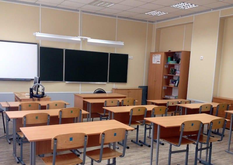 Об особенностях нового учебного года в школах России, рассказали в Роспотребнадзоре