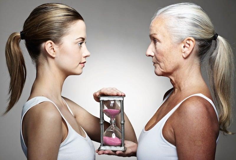 Исследователи выяснили, почему в старости время идет быстрее