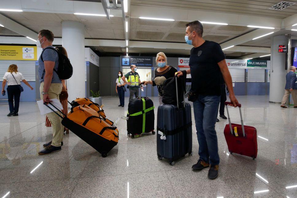 Роспотребнадзор огласил правила, которые придется соблюдать россиянам после возвращения из Турции