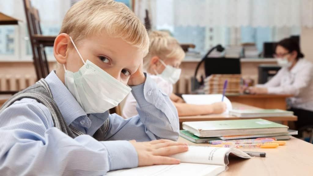 Условия для начала учебного года в школах, назвали в Роспотребнадзоре