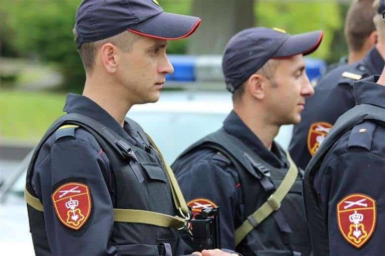 Оклады полицейским и другим силовикам будут увеличены в октябре 2020