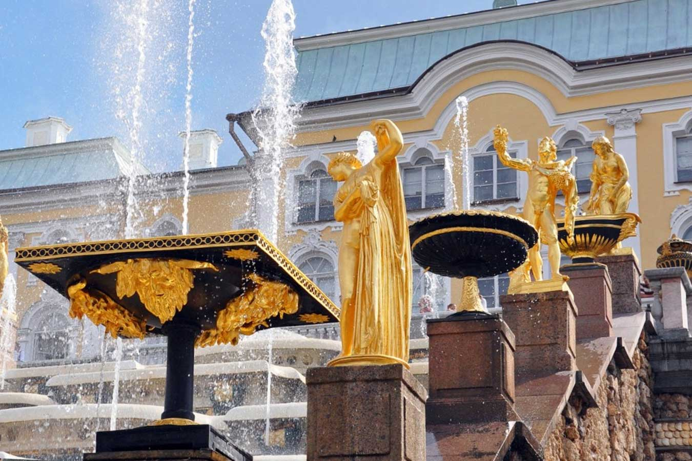 Закрытия фонтанов в Петергофе в 2020 году пройдет без зрителей