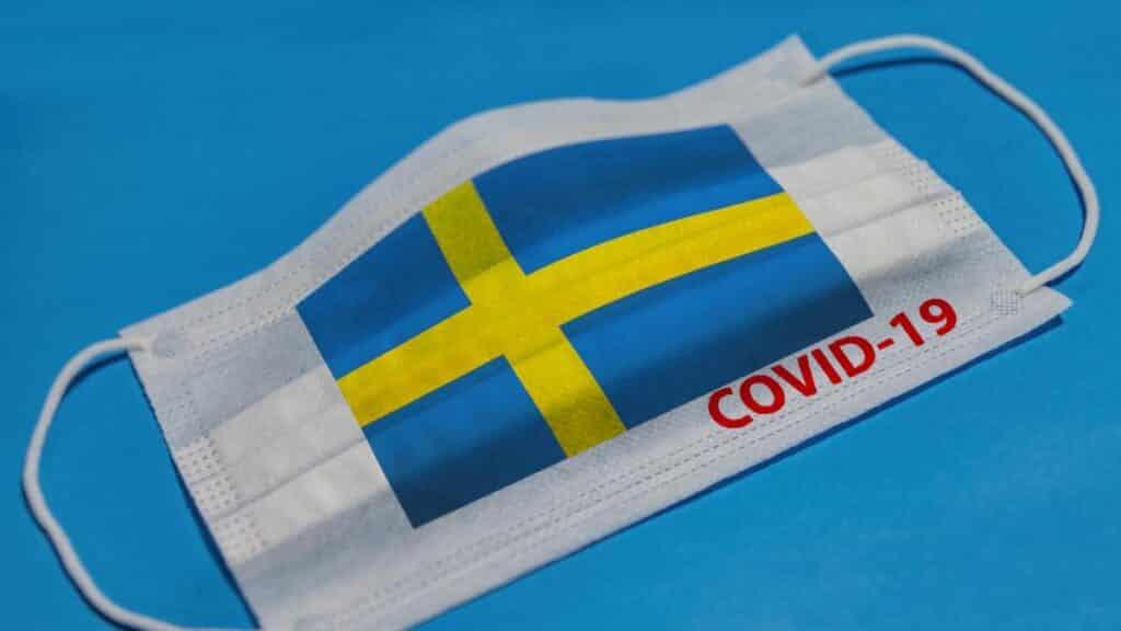 В каких странах в настоящее время введен карантин из-за пандемии COVID-19
