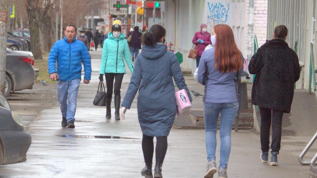 Введение повторных ограничений для российских школьников допускают в Роспотребнадзоре