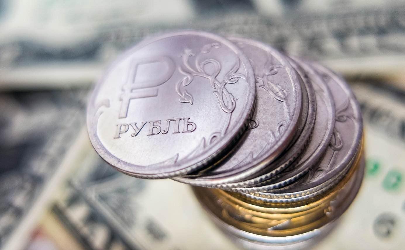 Заявление немецких врачей об отравлении Навального ослабило национальную валюту