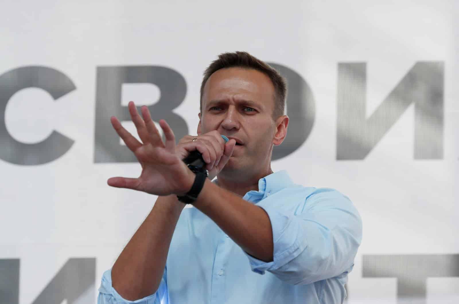 Алексей Навальный вышел из комы и готов рассказать что с ним случилось
