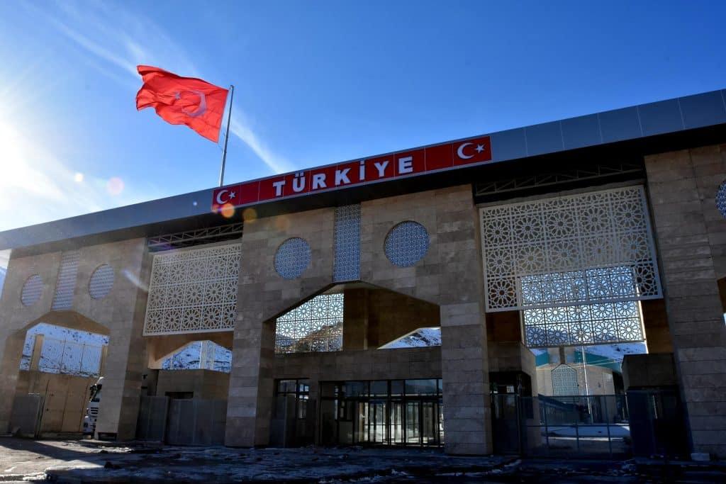 Турция может закрыть границы в октябре 2020 года из-за вспышки COVID-19