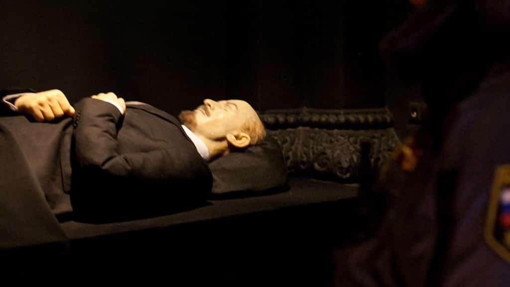Какая судьба уготована телу Ленина? Будет ли он захоронен в ближайшие годы?