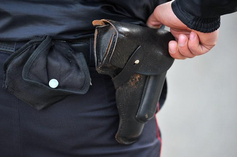 В Казани глава отдела полиции устроил стрельбу по подчинённым