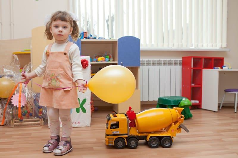 Компенсировать расходы на частный детский сад, предложили в Госдуме