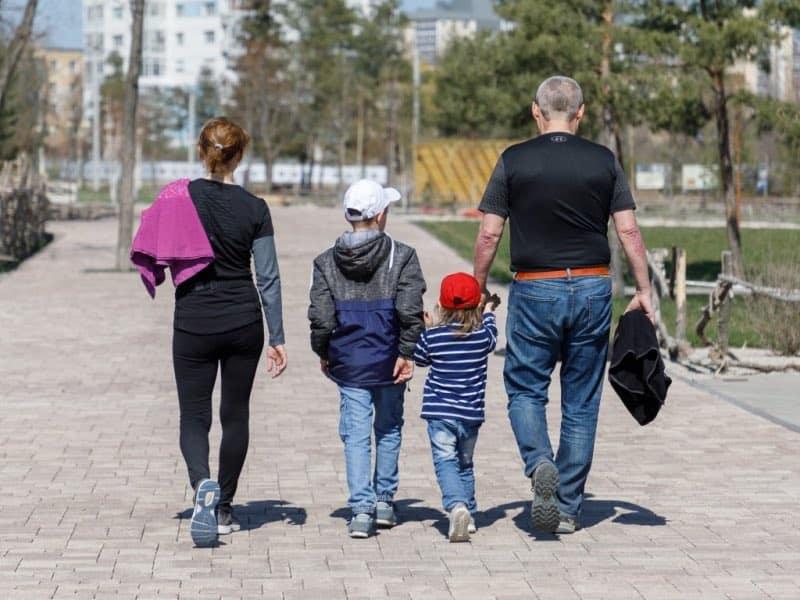 Россияне рассчитывают на поддержку государства семей с детьми до 16 лет в сентябре