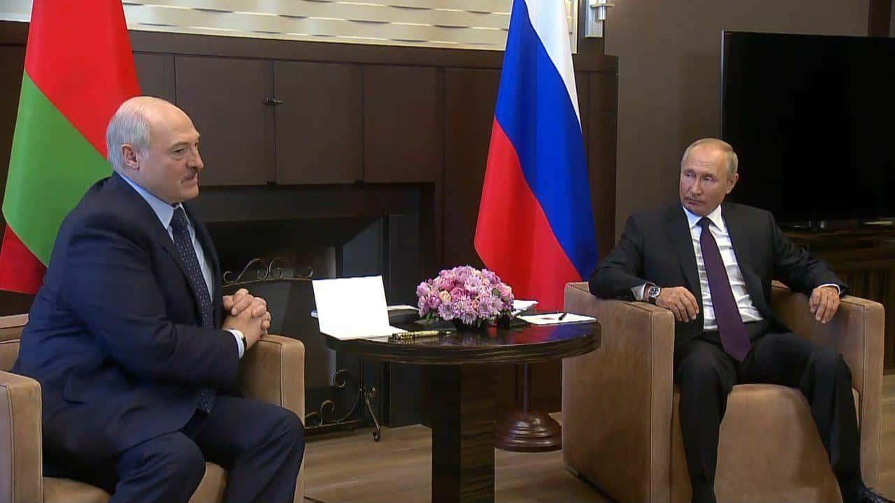 Владимир Жириновский считает что в России вполне возможен сценарий происходящего в Белоруссии