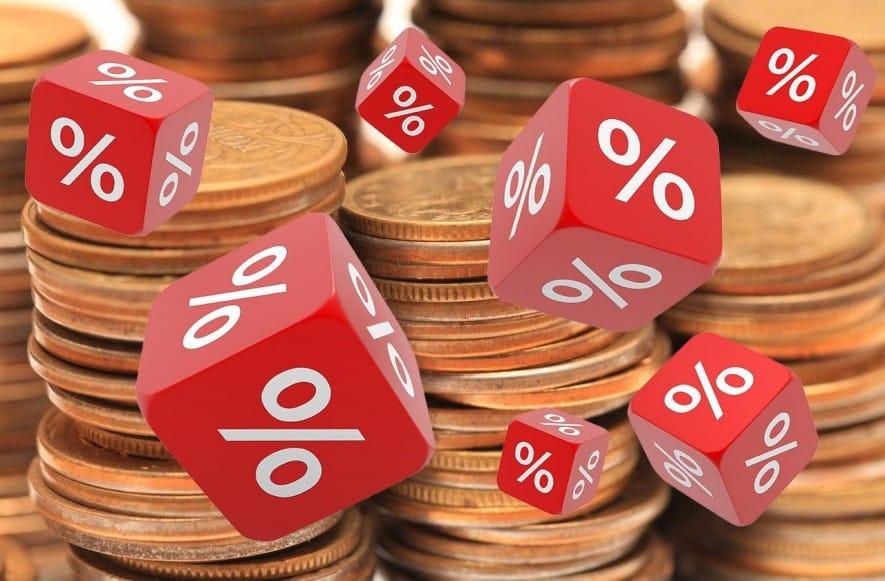 Налоги с процентов по вкладам более миллиона рублей начнут платить россияне с 2021 года