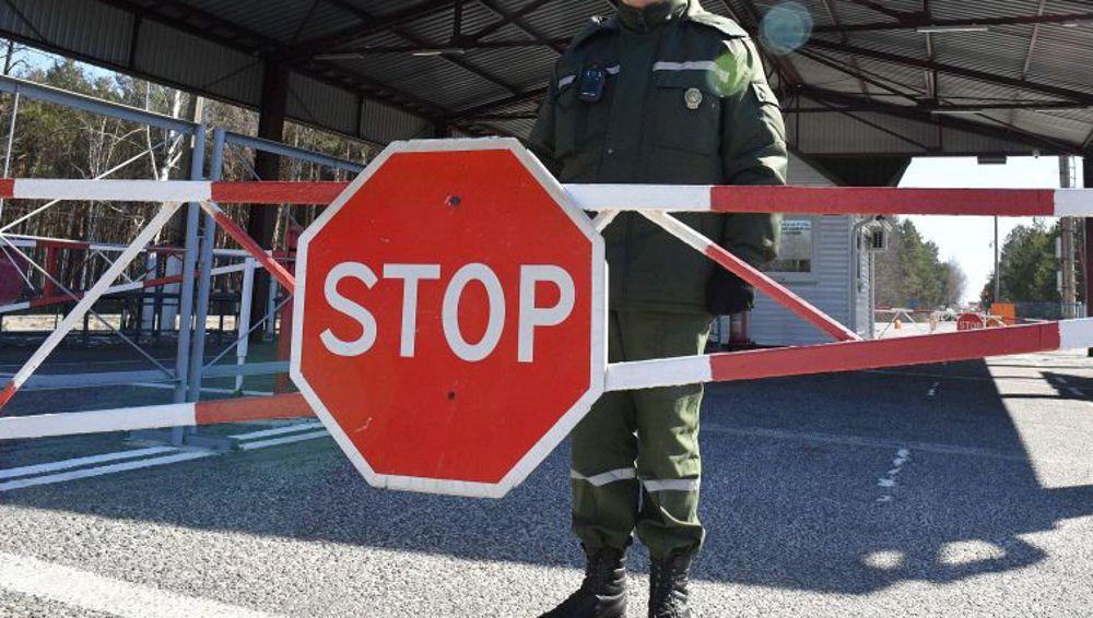 Границы со странами СНГ могут быть закрыты до зимы, сообщили в Минтрансе