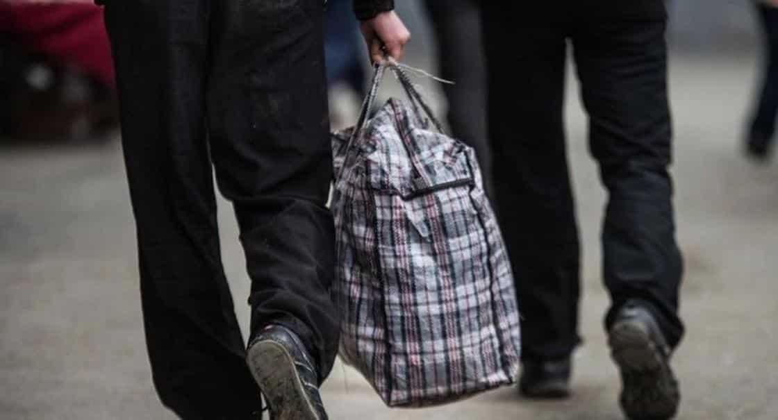 Клетчатые сумки после распада СССР: символ предпринимателей периода перестройки