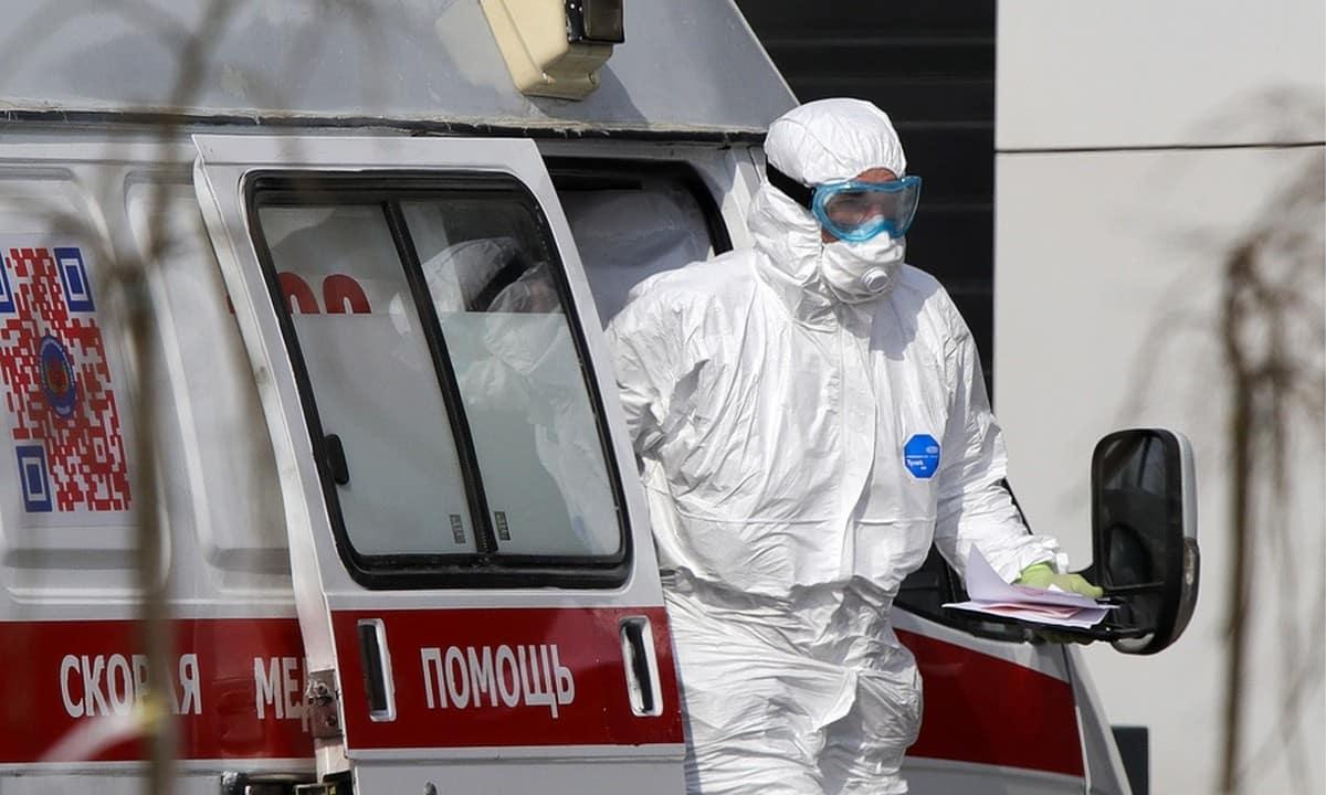 Пик заболеваемости коронавирусом настанет к концу осени, спрогнозировали в Роспотребнадзоре