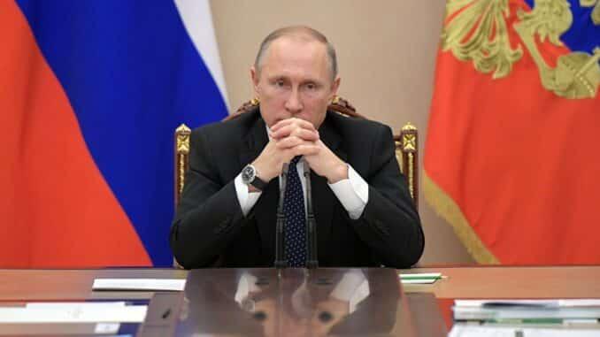 О желании президента России отойти от государственных дел, рассказалВасилий Уткин