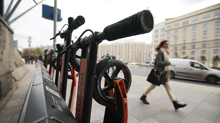 В России изменятся правила дорожного движения для электросамокатов