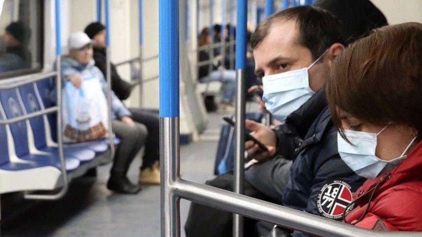 Коронавирус: власти России ужесточают ограничения, но избегают полного локдауна