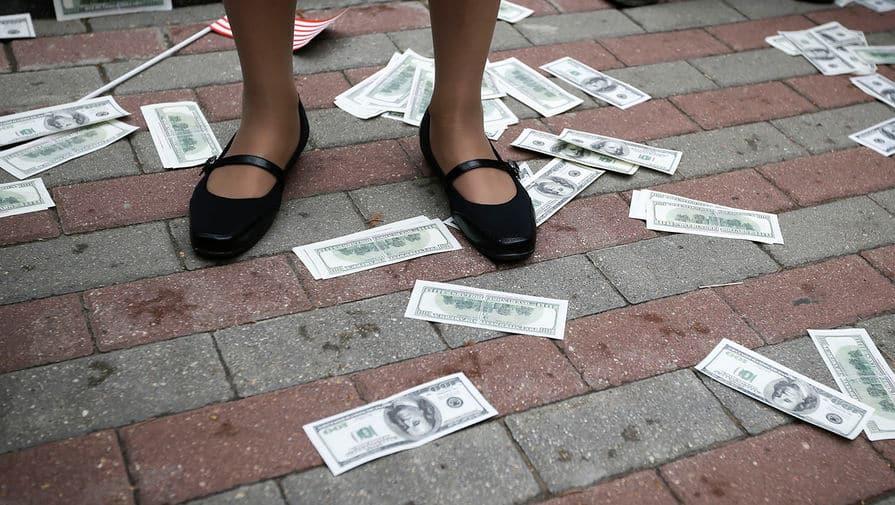 О возможном скором крахе доллара, рассказал экономист из США