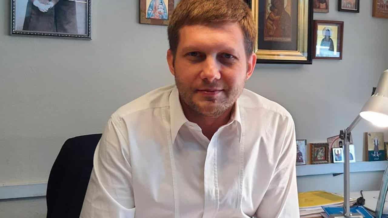 У Бориса Корчевникова все еще проблемы со слухом: состояние здоровья на 13 октября