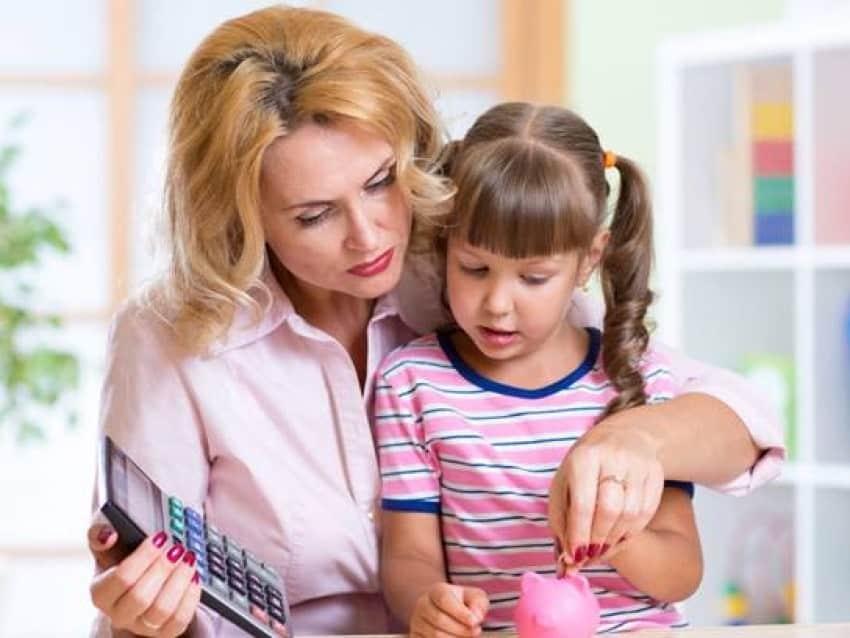 В 2021 году ежемесячные выплаты на детей с 3 до 7 лет могут вырасти в 2 раза