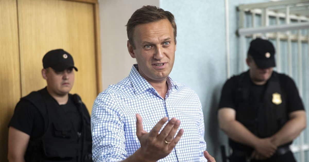 Навальный заявил, что за его отравлением стоит Путин