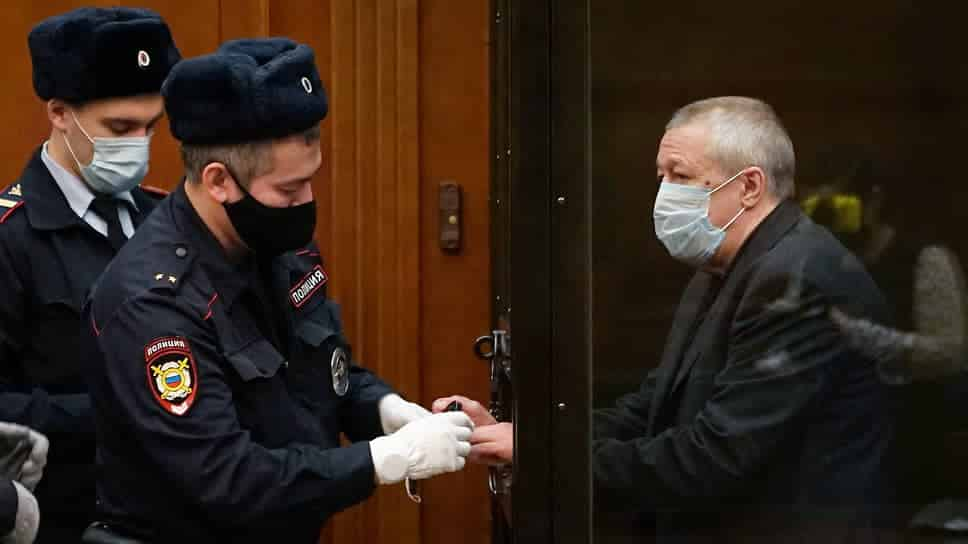 Ефремов предложил 3 млн рублей компенсации семье потерпевших