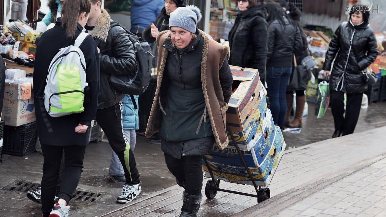 Количество россиян живущих за чертой бедности растёт, сообщили в Росстате