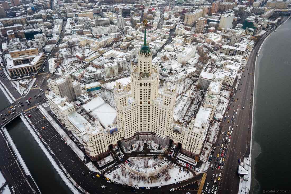 История сталинской высотки на Котельнической: особенности проживания в легендарном небоскрёбе