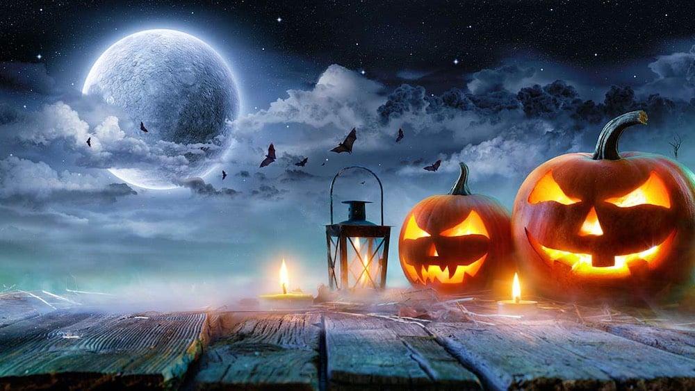 Полнолуние 31 октября 2020 года совпадает с праздником Хэллоуина