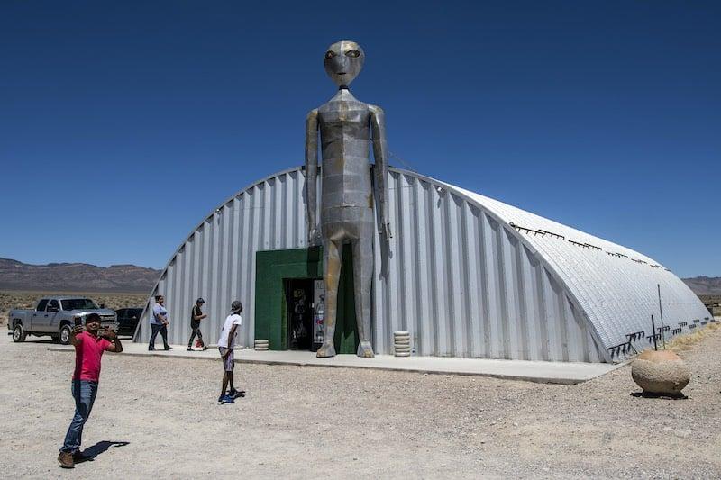 Факты про встречи с НЛО публикуют мировые издания