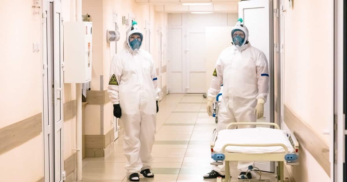 Больницы России близки к полному заполнению пациентами с коронавирусом
