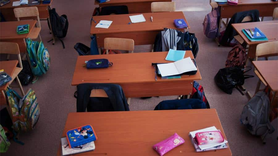 Школьников Москвы после каникул переводят на дистанционное обучение