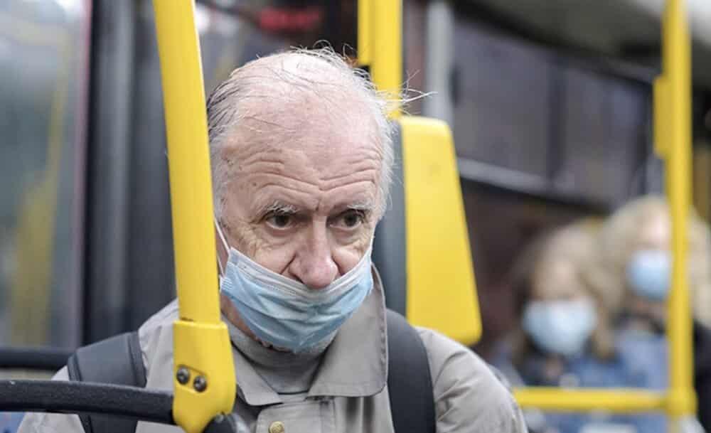 В Москве заблокировали льготные проездные для школьников и пенсионеров: будет ли полноценный карантин