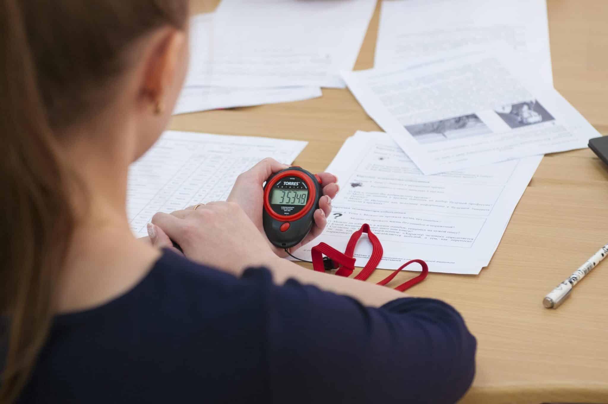 В России могут отменить для 9 классов итоговое собеседование по русскому языку и сделать его дистанционным