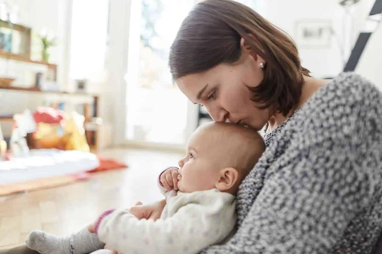 Ко Дню матери в 2020 году россиянкам полагаются выплаты от государства
