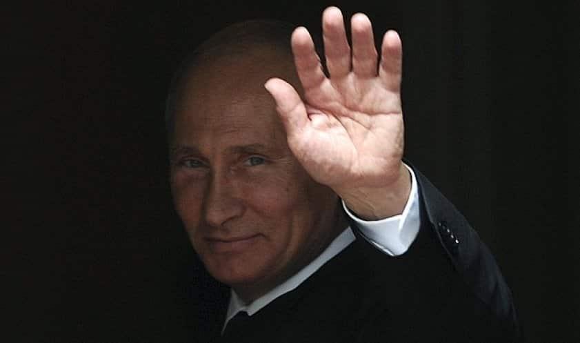 Информация об отставке Путина в январе 2021 года появилась в зарубежных СМИ