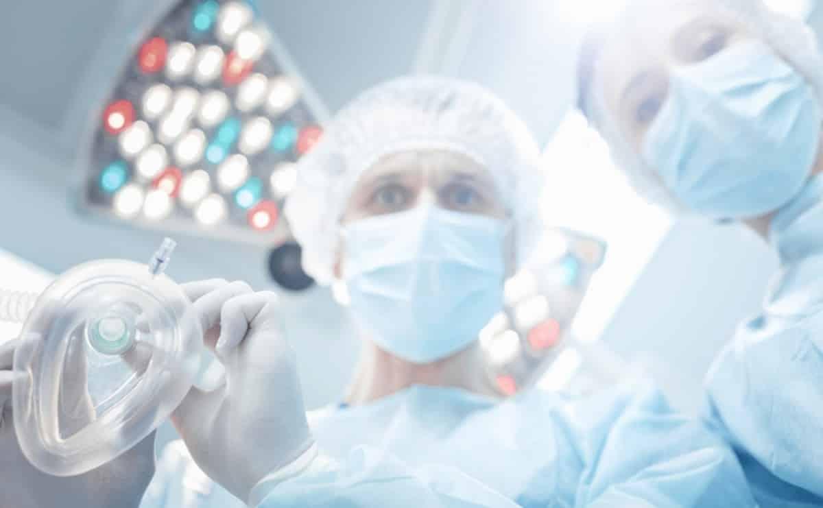 Миф о сокращении жизни после наркоза опровергли анестезиологи