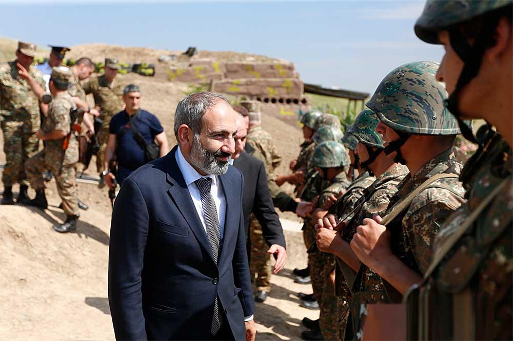 Почему армянская сторона сдаёт позиции в Нагорном Карабахе, рассказали эксперты