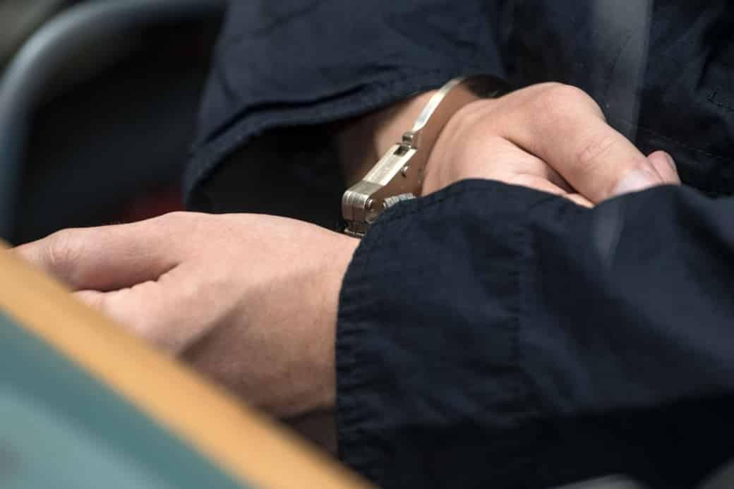 Подробности попытки убийства родителей подростком в Санкт-Петербурге, рассказали следователи