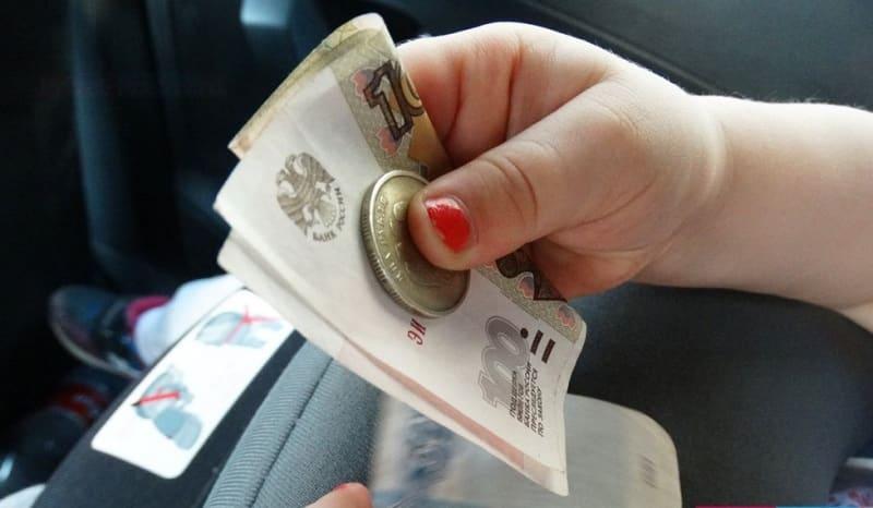 Ввести выплаты на детей школьного возраста предложили в Госдуме