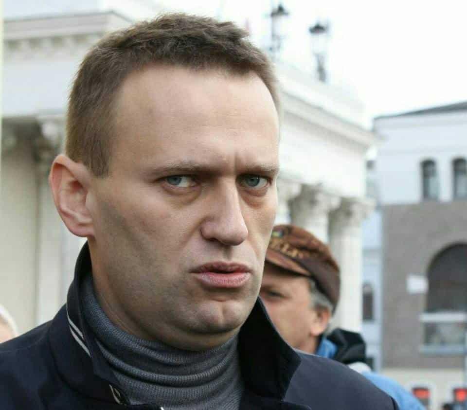 Минздрав Омской области возглавил врач больницы куда привезли Навального после отравления