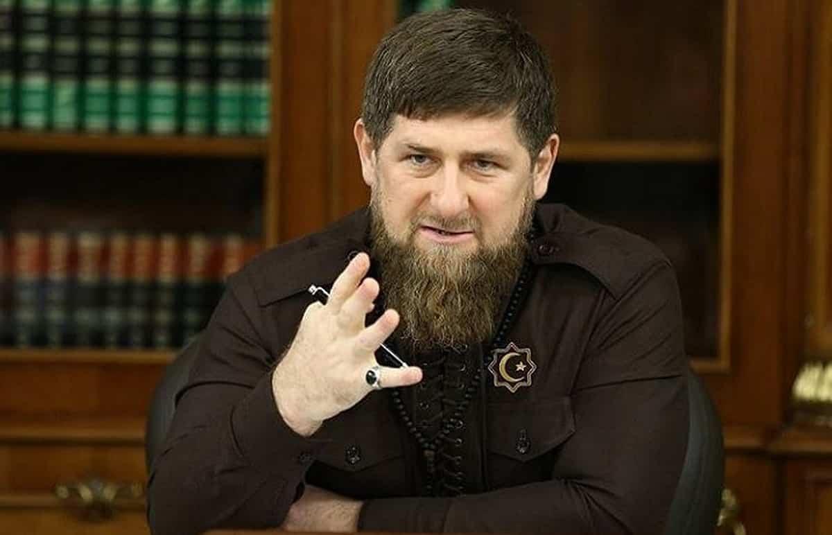 Скандал между Кадыровым и Жириновским набирает обороты в сети