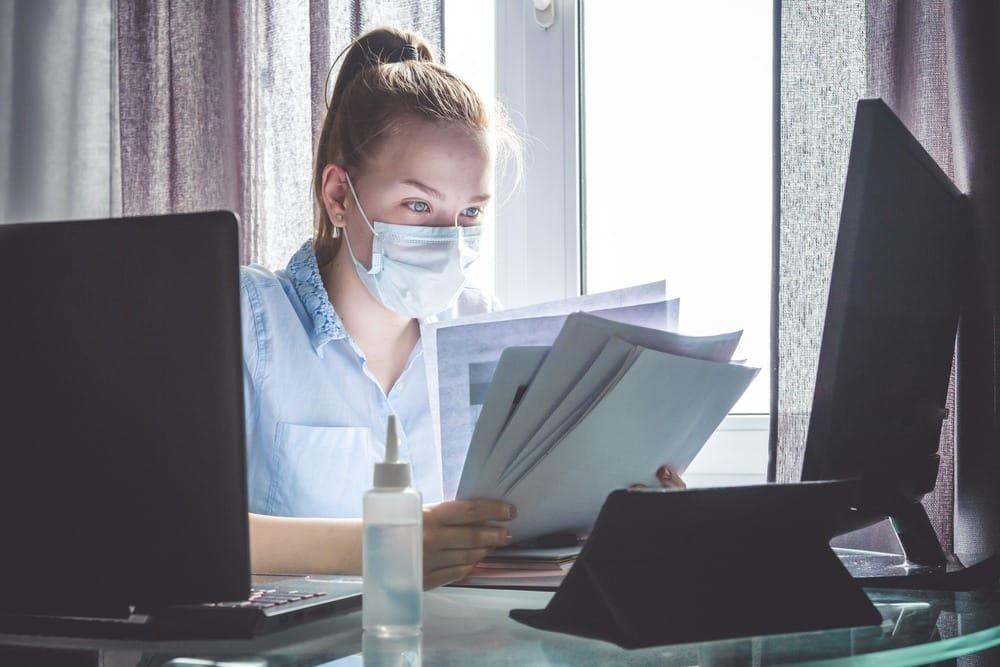 Получить штраф или лишиться работы могут в том числе и сотрудники работающие удаленно