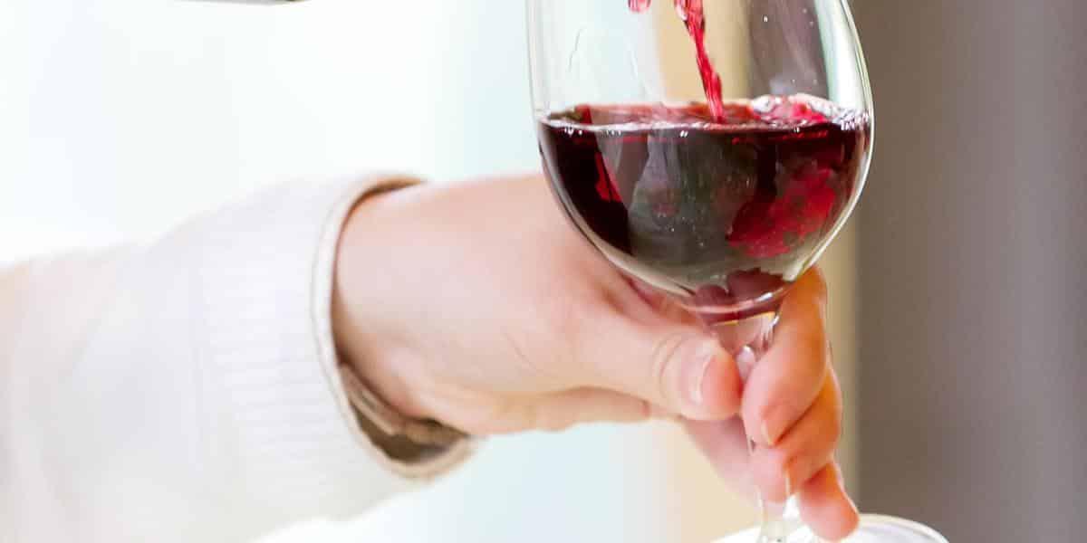 Какая порция алкоголя в день не нанесет вреда здоровью, рассказали медики