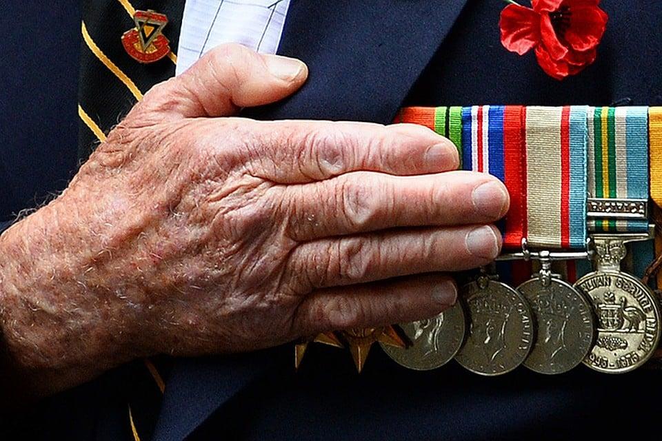 Повышение страховой пенсии ждет ветеранов труда в 2021 году