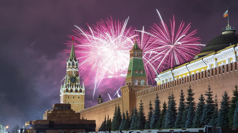 Салют в Москве на Новый 2021 год: во сколько начало, где лучше будет виден